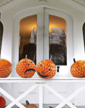 DIY-Halloween-Decorations-pumpkin-balls-1010-de