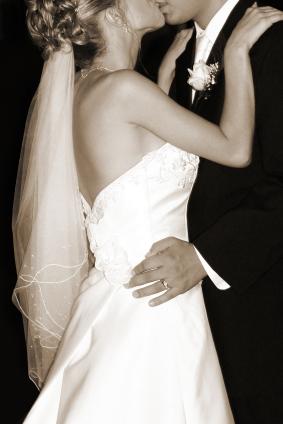 Bride.kiss