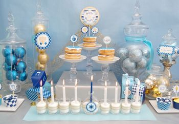 Hanukkah15-TABLE-1024x708