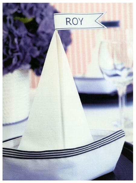 napkin folding instructions entertaining